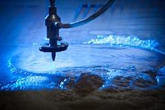 Detalle Waterjet de la cortadora del CNC fotos de archivo