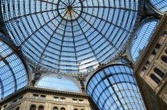 Detalles archirectural interiores de la galería de Umberto I en Nápoles, Italia Imagen de archivo libre de regalías