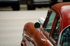 Detalles brillantes del exterior de un coche clásico Imagenes de archivo