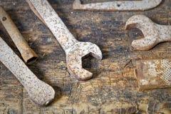 Detalles de hexagonal de las herramientas usado una vez para el mantenimiento de la fábrica Fotos de archivo libres de regalías
