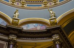 Detalles de la arquitectura, capitolio del primer del estado de Iowa imagen de archivo