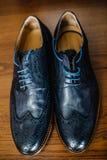Detalles de la boda Accesorios del novio Zapatos, correa Fotografía de archivo libre de regalías