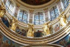 Detalles de la decoración en la catedral del St Isaac, St Petersburg Rusia Imágenes de archivo libres de regalías