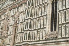 Detalles de la fachada de mármol adornada en Florence Cathedral Imagen de archivo