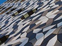 Detalles de la pared del edificio del campus de Ravensbourne foto de archivo