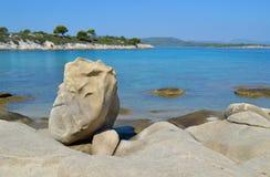 Detalles de la playa de Karidi Fotos de archivo