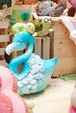 Detalles de la sala de juegos para los niños, foco suave del cuarto de niños en flamenco azul fotos de archivo