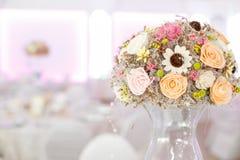 Detalles de las decoraciones de la boda Fotos de archivo