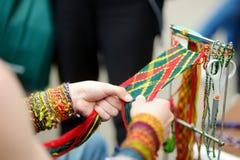 Detalles de una armadura lituana colorida tradicional fotografía de archivo libre de regalías