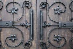 Detalles decorativos del hierro en estilo gótico Fotografía de archivo