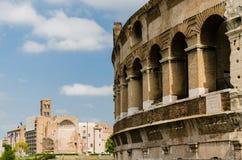 Detalles del colosseum Foto de archivo libre de regalías