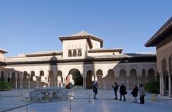 Detalles del interior de Alhambra Foto de archivo libre de regalías
