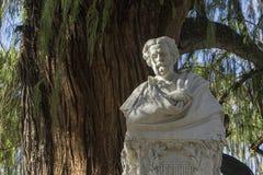 Detalles del monumento dedicado al poeta Gustavo Adolfo Becquer en Sevilla Fotografía de archivo