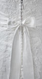 Detalles del vestido de boda Imagenes de archivo