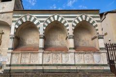 Detalles (di Santa Croce de la basílica) del externo cruzado santo wal Imágenes de archivo libres de regalías