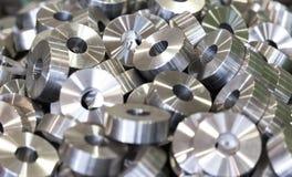 detalles Lavadoras de acero, rodillos, bujes, después de dar vuelta Procur Imagen de archivo libre de regalías