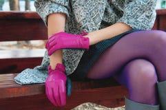 Detalles púrpuras femeninos de la moda Imagen de archivo libre de regalías
