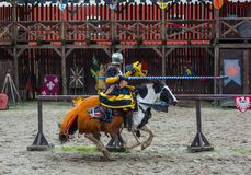 Detenice, Tscheche - 22. Oktober 2017: Mittelalterlicher Ritter Tournament I Stockfoto