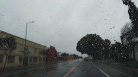 Determinando timelapse a Los Angeles piovoso urbano video d archivio