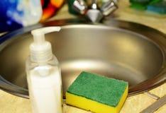 Detersivo di lavatura dei piatti, pulitore antibatterico Immagine Stock Libera da Diritti