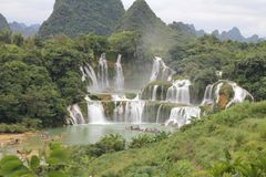 Detian Falls, граница между Китаем и Вьетнам Стоковая Фотография RF