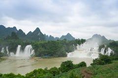 detian vattenfall Royaltyfri Fotografi