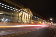 detmold Germania del teatro nella sera con i semafori fotografia stock