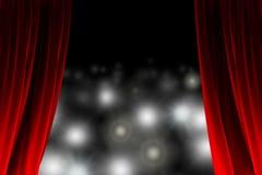 Detrás de la cortina que mira luces de destello Fotos de archivo libres de regalías