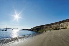 Detrás de la pared de Cobb -- Lyme Regis fotos de archivo libres de regalías