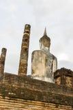 Detrás del Buda hermoso en el reino de Sukhothai, patrimonio mundial Imágenes de archivo libres de regalías