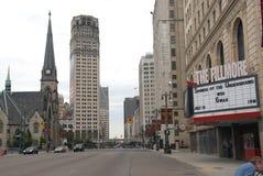 Detroit du centre a beaucoup de bâtiments comprenant le Fillmore image stock