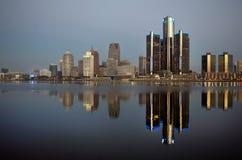 Detroit en alba noviembre de 2015 panorámico Imagen de archivo libre de regalías