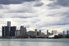 Detroit horisont från Belle Isle Arkivbilder
