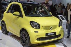 DETROIT - 17. JANUAR: Das 2017 Smart Auto Brabus-Coupé an noch Stockbilder