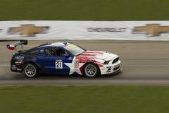 DETROIT - JUNI 2: Het ras van Ford Mustang Boss 302ss Royalty-vrije Stock Fotografie
