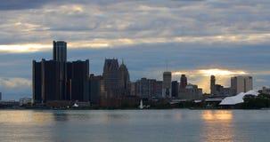 Detroit linia horyzontu od belle wyspy przy zmierzchem 4K zdjęcie wideo