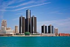 Detroit Michigan som sett från Windsor, Ontario Royaltyfri Bild
