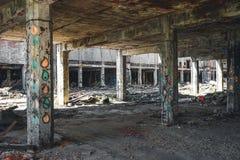Detroit, Michigan Stany Zjednoczone, Październik, - 2018: Przegląda wśrodku zaniechanej Packard Automobilowej rośliny w Detroit _ obrazy royalty free