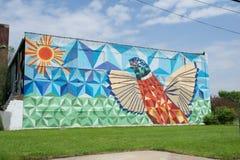 DETROIT, MICHIGAN, VEREINIGTE STAATEN - 22. Mai 2018: Verlassenes Gebäude mit Graffiti in im Stadtzentrum gelegenem Detorit lizenzfreies stockbild