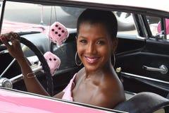 Detroit ` s WXYZ Glenda Lewis på Woodward arkivfoton
