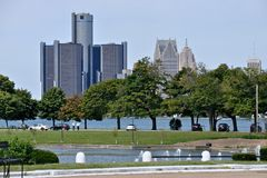 Detroit-Skyline von Belle Isle Lizenzfreies Stockfoto