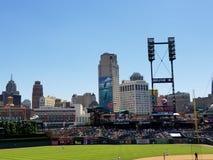Detroit-Skyline von Comerica-Park stockfotografie
