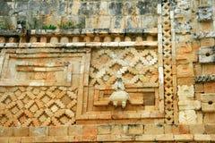 Dettagli architettonici del tempio maya in Uxmal, Messico Immagini Stock Libere da Diritti