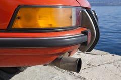 Dettagli d'annata della parte posteriore dell'automobile sportiva Fotografie Stock