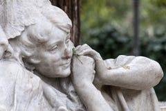 Dettagli del monumento dedicato al poeta Gustavo Adolfo Becquer in Siviglia Immagini Stock Libere da Diritti