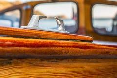 Dettagli delicati di una barca di legno fatta a mano immagini stock libere da diritti
