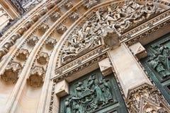 Dettagli della cattedrale della st Vitus, Praga Immagine Stock