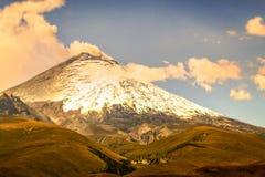 Dettagli di germogliare Ash Cloud On Volcanic Eruption Fotografia Stock