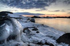 Dettagli di inverno della costa del Mar Baltico Fotografia Stock