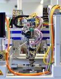 Dettagli di una macchina con le linee pneumatiche in producti industriale fotografia stock